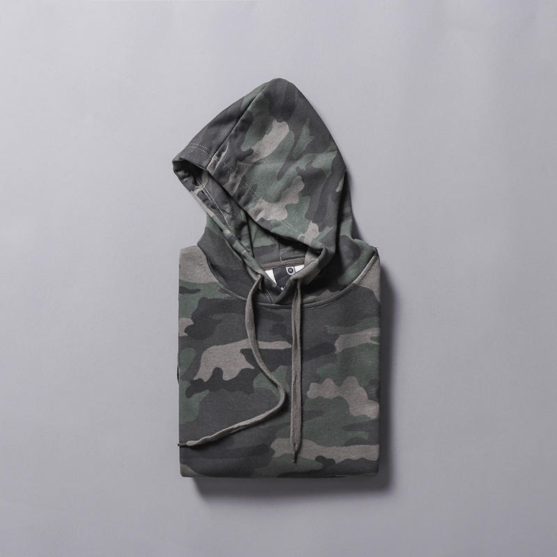 High quality garment OEM wholesale camo hoodie sweatshirt with sleeve pocket